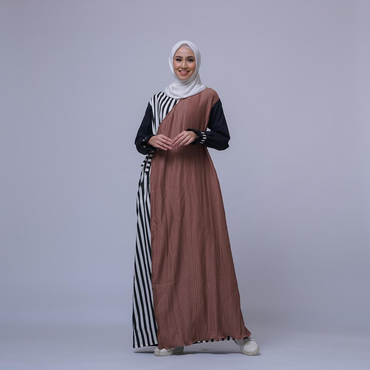 1f60d DRESS KIMONO COKLAT BY CELENA