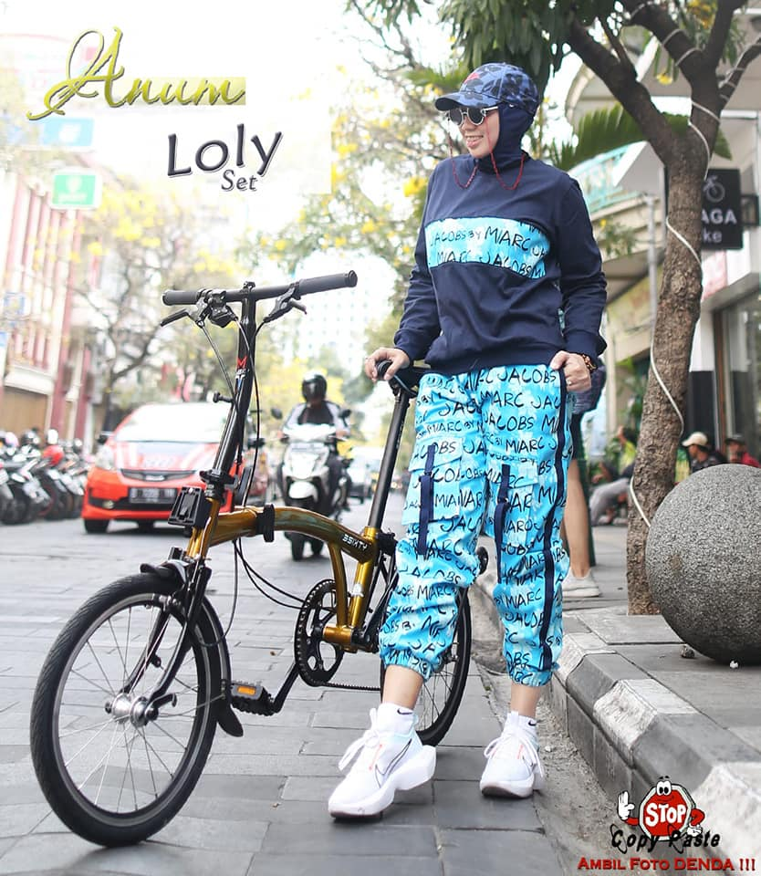 1f60a LOLY SPORTY NAVY BY ANUM